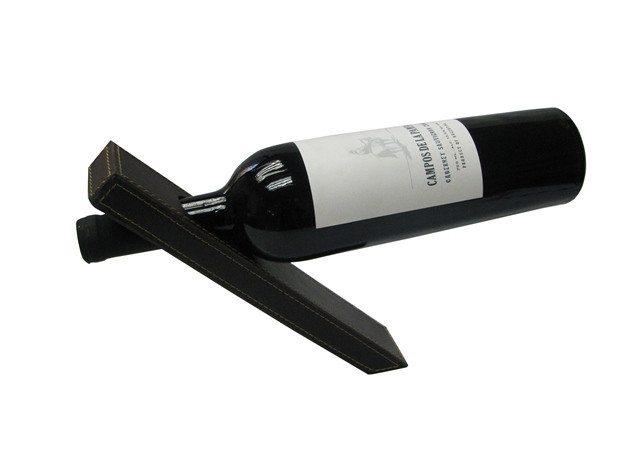 Taianomainen viinipullon pidike