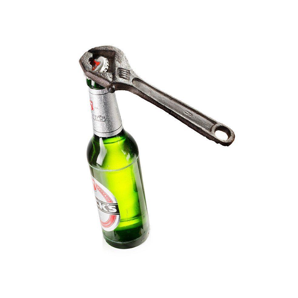 Työkalu pullonkorkinavaaja