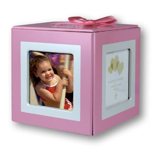 Valokuvasäilytyslaatikko vauvalle