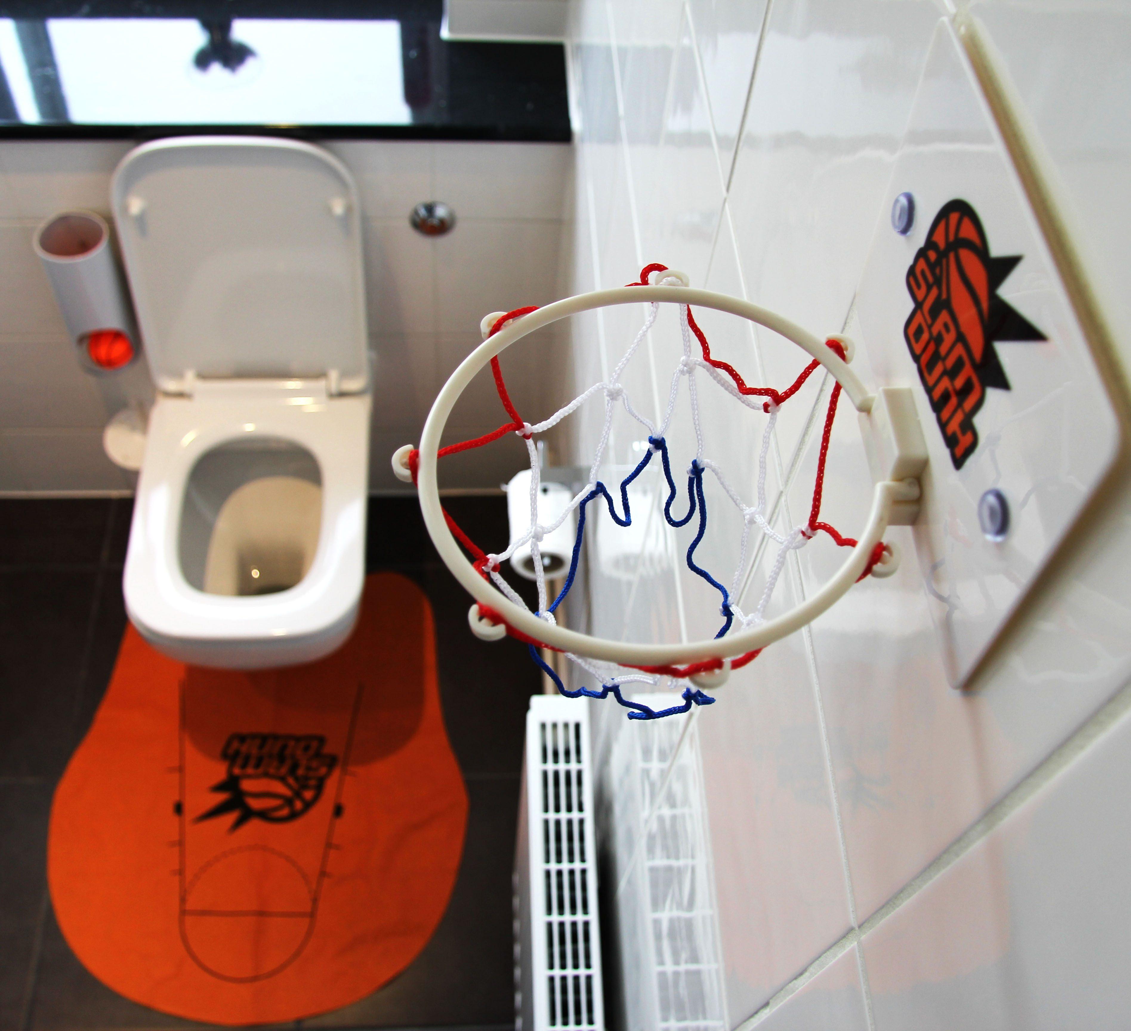 WC-koripallopeli
