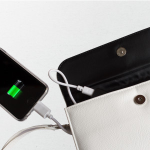 Für smarte Smartphone-Besitzer: Portmonee mit Powerbank